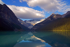 20170902_002a (mckenn39) Tags: banffnationalpark rockymountains canada alberta lakelouise water lake nature mountain landscape