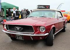 BBD 241E (Nivek.Old.Gold) Tags: 1967 ford mustang convertible 4700cc