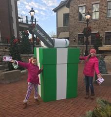 TW - Hip2Sell (Dublin, Ohio, USA) Tags: dublinishome social media campaign holidays christmas gift box historic dublin downtown coffman park recreation center