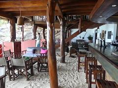 Constance Tsarabanjina bar