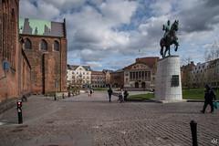 Árósar (Runolfur Birgir) Tags: listaverk kirkjur danmörk jótland placestags gömulhúsogtæki utlond mannvirki other