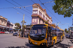 Newtown - Rintoul Street coming onto Riddiford Street (andrewsurgenor) Tags: transit transport publictransport nzbus gowellington electric trackless trolleybus trolleybuses wellington nz streetscenes bus buses omnibus yellow obus busse citytransport city urban newzealand