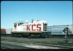 KCS 4214 is one of three unique NW-2 rebuilds at home in Knoche Yard in Kansas City. They had a short life all retired within ten years. 20 November 1988 (redfusee) Tags: kcs