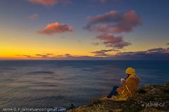 Lola, invierno. (Jaime GF) Tags: sunset cliff sea coast sky winter atardecer costa acantilado mar nubes girl chica cabodepeñas viodo gozón asturias spain nikon d7000