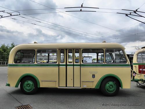 Obus-Anhänger Nr. 06