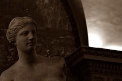 17 - Musée du Louvre - Vénus de Milo - Détail (melina1965) Tags: nikon d80 îledefrance paris janvier january 2018 1erarrondissement 75001 sculpture sculptures statue statues sépia sepia louvre musédulouvre