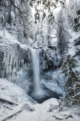 Falls Creek Falls (Joshua Johnston Photography) Tags: joshuajohnston sonya7ii pacificnorthwest pnw nature snow ice winterwonderland waterfall longexposure fallscreekfalls canonef1635mmf28liii washington