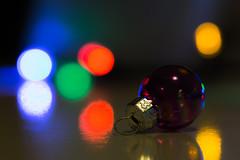 Lone Bauble (G_HOWDEN) Tags: macromondays bokeh christmas xmas