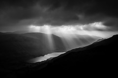 Pelydrau haul ( Sunbeams ) on Tal-y-llyn (Alan Hughes Mach) Tags: sky cielo cadairidris caderidris talyllyn lake water mountain hill silhouette contrast landscape landschaft scenery hike hiking walk walking wales cymru uk gwynedd eryri snowdonia snowdonianationalpark mist cloud clouds noiretblanc blackandwhite bw bnw mono monochrome shadow shadows naturaleza natural winter january sunbeams godrays sunrays crepuscularrays sunlight sunset sundown paysage grey black dark countryside weather blacknwhite blackwhite blancoynegro lowkey absoluteblackandwhite