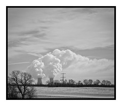 Byron, Illinois (bob zdeb f.00010110) Tags: nuclear power energy stack illinois byron sony