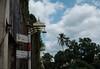 ⫤|⊲⋀⊳ ⊲⋀⊳ (Watcher/124) Tags: lampen schilder takuapa thailand