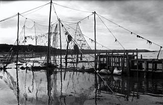 Filets et boites à pêche à l'anguille/Eel fishing [Archives - 1994]