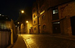 Backstreets of London (Westhamwolf) Tags: night phoenixwharf londonwappingdocksroadstreetcityenglandchristmasdecember