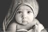 . (Paco Jareño Zafra) Tags: mateo bebe ducha toalla retrato portrait baby babies shower time black white eyes