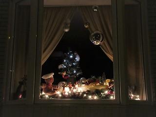 ** Fenêtre illuminée pour Noël **