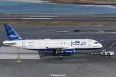 N566JB @BOS (thokaty) Tags: n566jb jetblue a320 a320232 bluesuedeshoes eis2003 bostonloganairport bos kbos