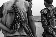 Peshmergas waiting for the fight (rvjak) Tags: irak iraq kurdistan peshmerga black white noir blanc bw gun arme kalachnikov hand main war guerre