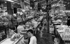 Bangkok Flowermarket (photoflieger) Tags: flower market bangkok yodpimanflowersmarket sony sel2870 a7 alpha7mk2