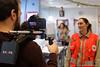 Noël solidaire à Puteaux - Laurent Delhaye (Croix-Rouge des Hauts-de-Seine) Tags: puteaux espace bébé maman laurent delhaye photographe croixrouge hautsdeseine 92