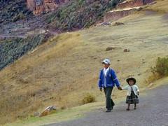 Going down to the village - Pisac ruins. (Lewitus) Tags: pisac peru children terraces