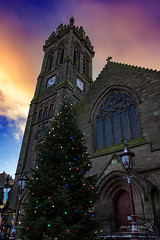 Peebles 16 Dec 2017 00015.jpg (JamesPDeans.co.uk) Tags: peebles lamps doors door steeple church gb greatbritain christmaslights spire colour borders clock red religion unitedkingdom christmastree digital scotland britain christmas tower wwwjamespdeanscouk objects architecture landscapeforwalls europe uk photography digitaldownloadsforlicence jamespdeansphotography printsforsale forthemanwhohaseverything crowsteppedgables lamp