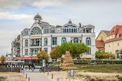 Strandschloss und Kurhaus in Binz (neuhold.photography) Tags: architektur binz erholung kurhaus ostsee reise rgen strandschloss tourismus