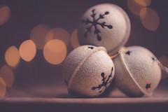 Jingle bells (Ro Cafe) Tags: christmas mm macro macromonday memberschoicebokeh bokeh jinglebells nikkormicro105f28 nikond600