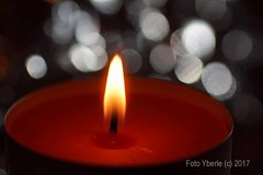 Candlelight with bokeh (Yberle.Foto) Tags: bokeh candle candlelight flame hot red macro mm sony sonyalphadslr