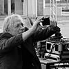 DSCN4078 (Akbar Simonse) Tags: holland netherlands nederland streetphotography straatfotografie people man candid smartphone mobilephone zwartwit bw blancoynegro bn monochrome vierkant square akbarsimonse