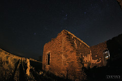 Ruinas de Cura Malal (Marina-Inamar) Tags: ruinas ladrillos nocturno buenosaires argentina curamalal