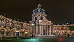 Institut de France from Pont des Arts, Paris - France (Henk Verheyen) Tags: parijs paris autumn city herfst stad îledefrance frankrijk fr building gebouw architectuur architecture institut de france night dark historical