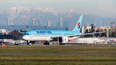 HL8083 - Korean Air - Boeing 787-9 Dreamliner (bcavpics) Tags: hl8083 koreanair boeing 787 789 dreamliner aviation aircraft airliner airplane plane cyvr yvr vancouver britishcolumbia canada bcpics
