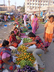 Navasari Fruit and Veg Market (Manoo Mistry) Tags: navsari navasari gujarat india market local fruitandveg people street openmarket flicker flickr