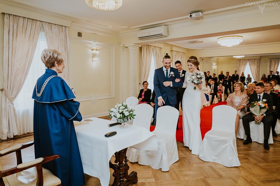 Agnieszka Piotr - Fotografia ślubna Warszawa - Pałacyk Otrębusy - ZAPAROWANA-048