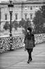 Chuang-Mu Ban (dufour_l) Tags: 100mm 2013 automne autumn bw candid canon eos5dmarkii europe everybodystreet femmes france matin morning noiretblanc objectifstandard paris pontdesarts portrait regardsparisiens streetphotography