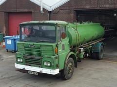 Guy Tanker (Reiver RE229) Tags: nvr883e guy bigj tanker castrol oil aec