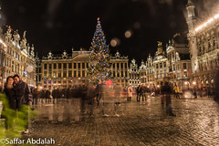 New Years's evening (abdalah_saffar) Tags: belguim belgique brussels bruxelles night nightshooting light lowlight lowexposure canon canon7dmarkii canon7dmii longexposure art tourism beautiful raining photography 31decamber newyearseve