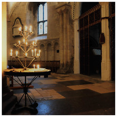 Norwich Cathedral (mibric) Tags: cathedral cathédrale norwich england angleterre bougie candle