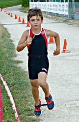 Focused (Cavabienmerci) Tags: kids triathlon 2017 nyon switzerland suisse schweiz kid child children boy boys run race runner runners lauf laufen läufer course à pied sport sports running triathlete