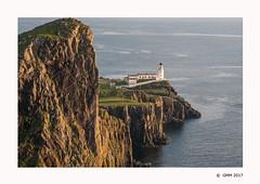 Neist Point Lighthouse (germano manganaro) Tags: uk unitedkingdom scotland scozia schottland escocia écosse highlands skye waterstein neistpoint lighthouse phare faro leuchtturm cliff falaise scogliera falesia sea seascape landscape paesaggio tramonto coucherdesoleil puestadelsol sunset acantilado