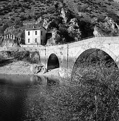 """Lago ed eremo di San domenico #rolleiflex #filmisnotdead (""""Olivier Jules"""") Tags: rolleiflex filmisnotdead"""