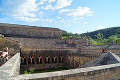 abbaye du thoronet (emmanuel-maria) Tags: religion zisterzienser frankreich france abtei abbaye lethoronet ofm franziskaner junioren