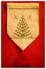 Christbaum -Weihnachtsdekoration (videamus) Tags: strickerei strickkunst weihnachten frohe frohes fest gesegnetes weihnachtsfest dekoration engel engelchen glück stern machen brav glocke glöckchen heimat deutschland herzen wärme wichtelchen wichtel geschenke