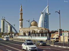 "Jumeira ""Beautiful"" St, Mosque and Hotels (Karnevil) Tags: asia unitedarabemirates uae emirate dubai jumeira jumeirah jumeirast jumeirahst jumeirahbeach beautifulmosque jumeirahbeachhotel burjalarabhotel beautiful kia auditt rx100 sony petekreps"