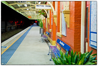 Muswellbrook station by night