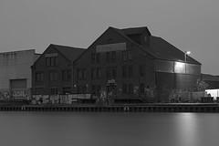 Münster Hafen 20171222  6 bw (Dirk Buse) Tags: münster nordrheinwestfalen deutschland deu germany nrw de hafen bw schwarzweis hires hochauflösend olympus omd em5ii minolta md rokkor adaptiert vintage lens md3528 blende 56 md35 analog objektiv