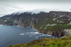 Ireland - Slieve League Cliffs (Marcial Bernabeu) Tags: ireland irish irlanda irlandes irlandés irlandesa slieve league cliffs acantilados acantilado cliff view sea mar ocean oceano océano water clouds nubes atlantic atlantico atlántico nuboso cloudy marcial bernabeu bernabéu