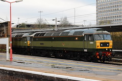 D1944 and D1935 @ Crewe train station (ianjpoole) Tags: locomotive services class 47 spoon 47501 d1944 craftsman 47805 d1935 working 0z27 crewe chester