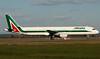 I-BIXR (Ken Meegan) Tags: ibixr airbusa321112 0593 alitalia romefiumicino 2522009 rome fiumicino airbusa321 airbus a321112 a321