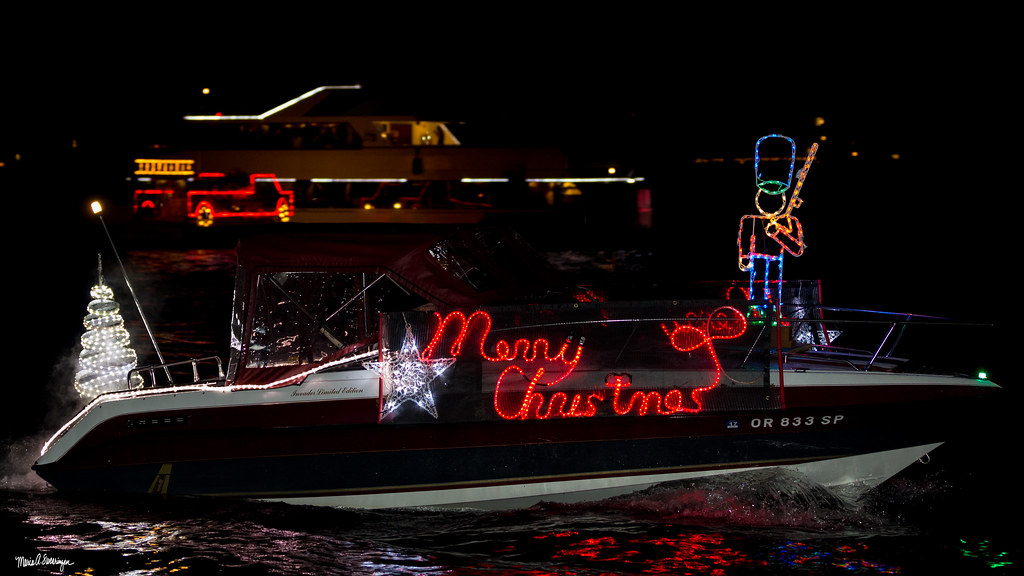 _c0a8127 christmas ships parade tags 2017 csp christmas christmasships63rdyear christmasshipsparade friday litigator riverplace